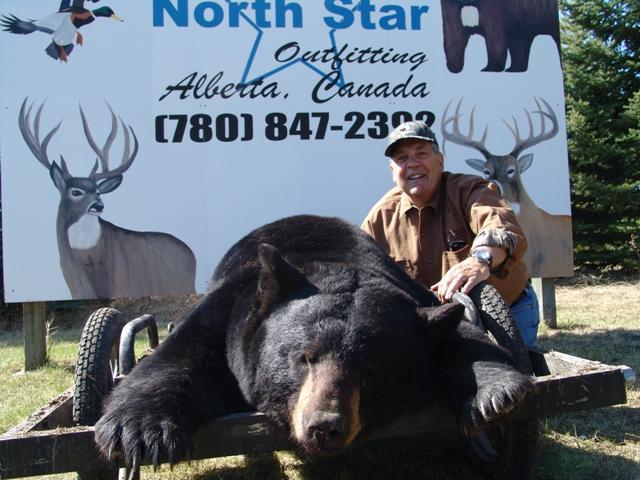 Trophy Canada Bear Hunting